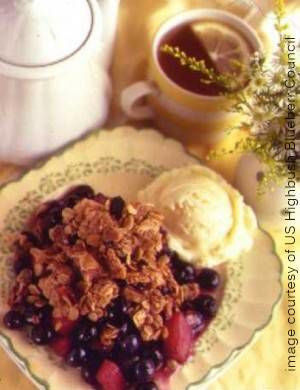 image apple blueberry crisp courtesy US Highbush Blueberry Council